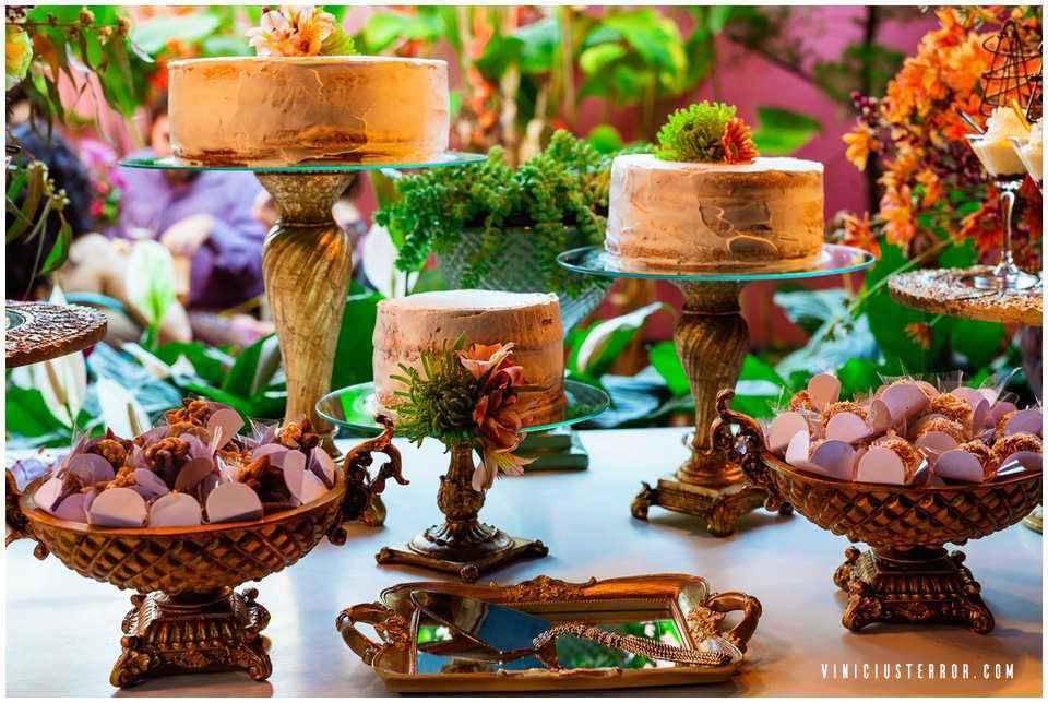 detalhes-da-decoraçao-da-mesa-de-bolo