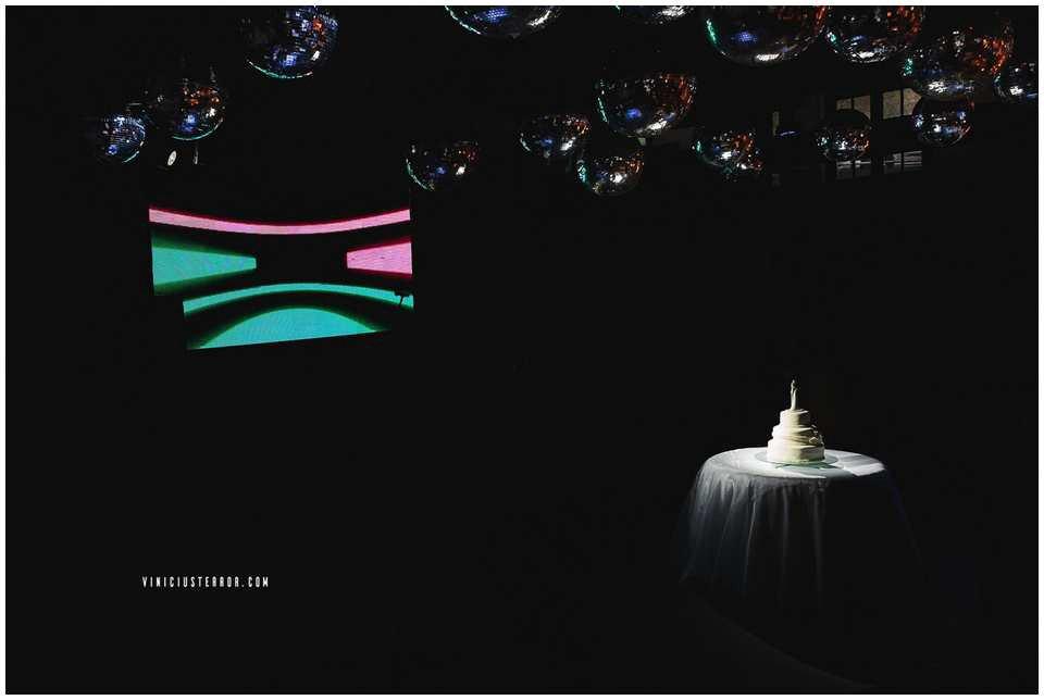 mesa de bolo para casamento elegante