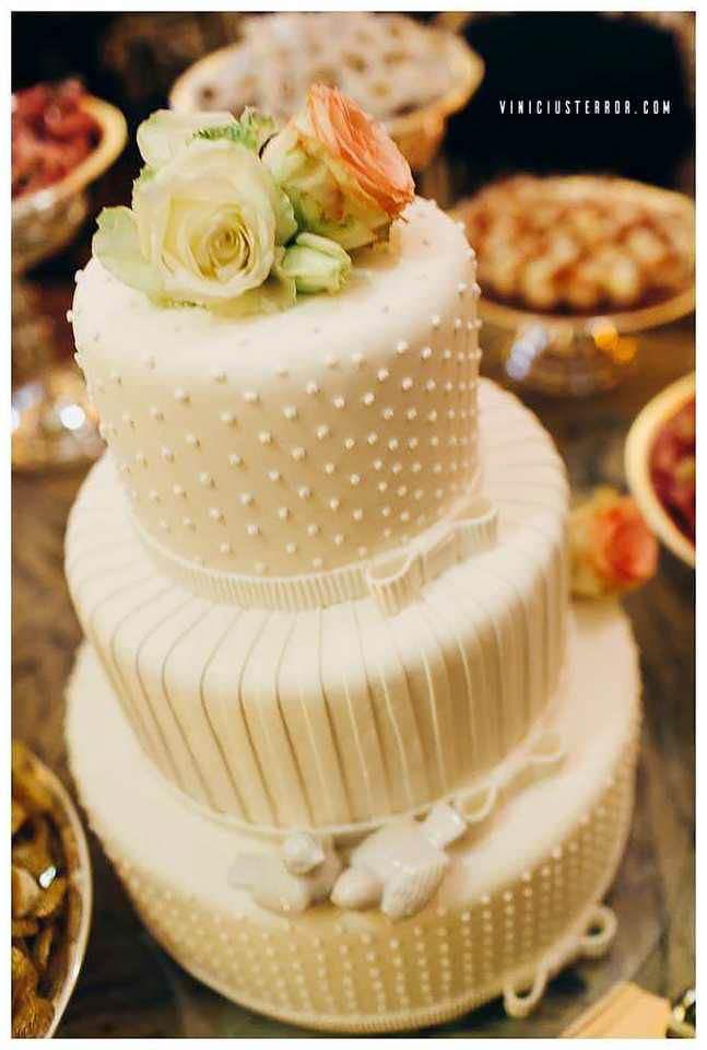 topo-de-bolo-clean-para-casamentos